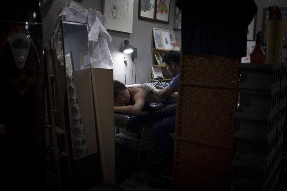 Résultat d'images pour tatoueurs corée du sud
