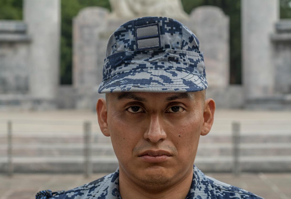 Homosexualidad y Fuerzas Armadas - Página 2 Vivir-vih-ejercito-mexicano-ellos-120-no-tienen-derecho-llorar-body-image-1503330283