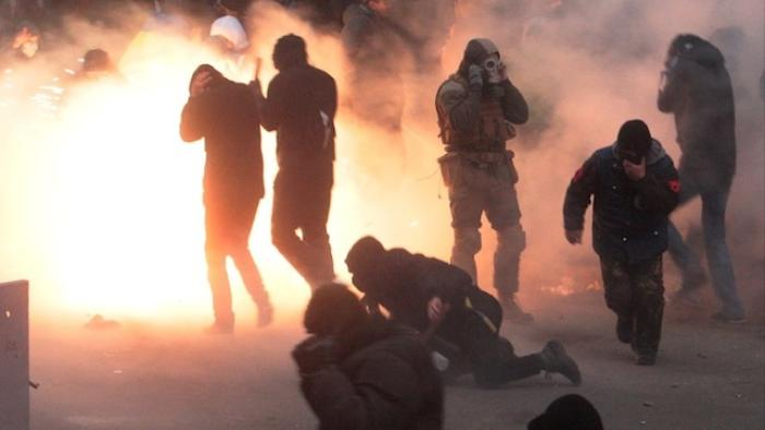 Hundreds of Thousands of Protesters Are Trying to Take Over Kiev