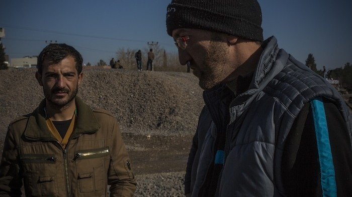 Jihadists Tour Guide Shuttles Foreign Fighters Into Syria Vice News