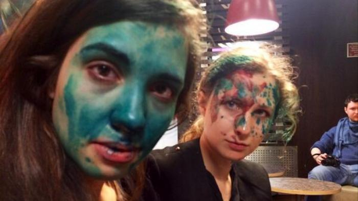 Pussy Riot Members Attacked With Paint and Trash at McDonald's