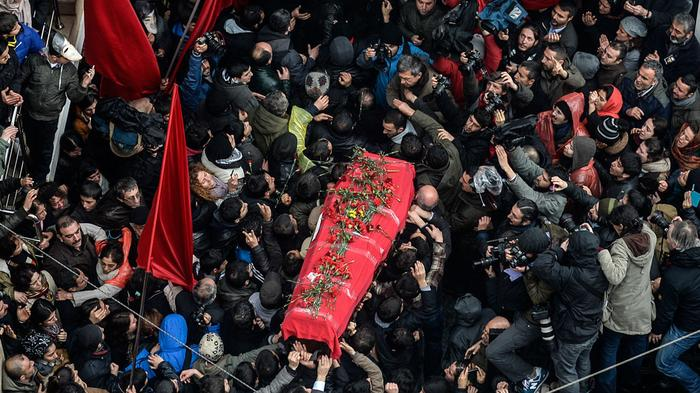 Death of Turkish Teen Wounded by Tear Gas Can Reignites Protests