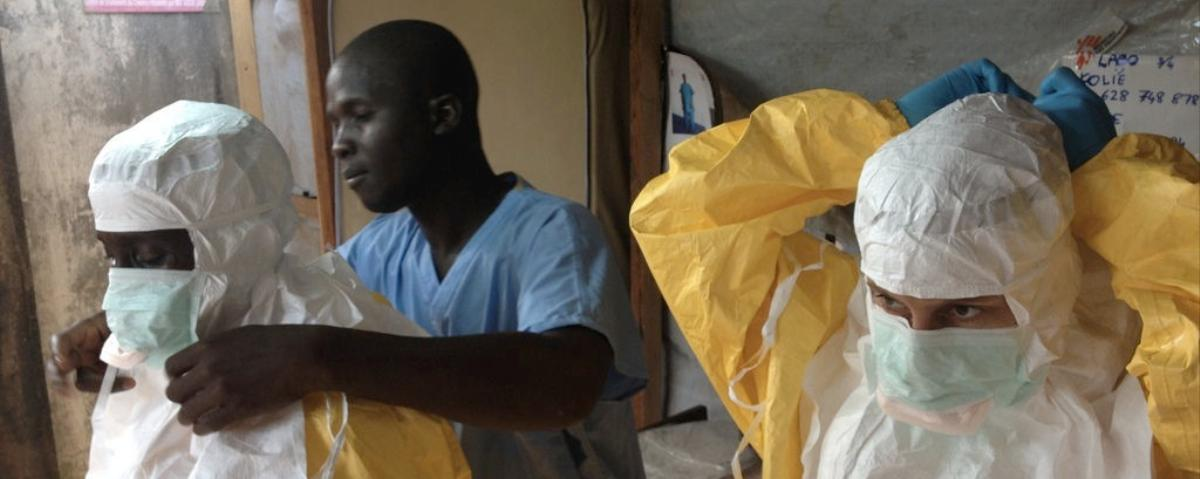 Italy's False 'Ebola Outbreak' Is Spread by Racists and Conspiracy Nuts