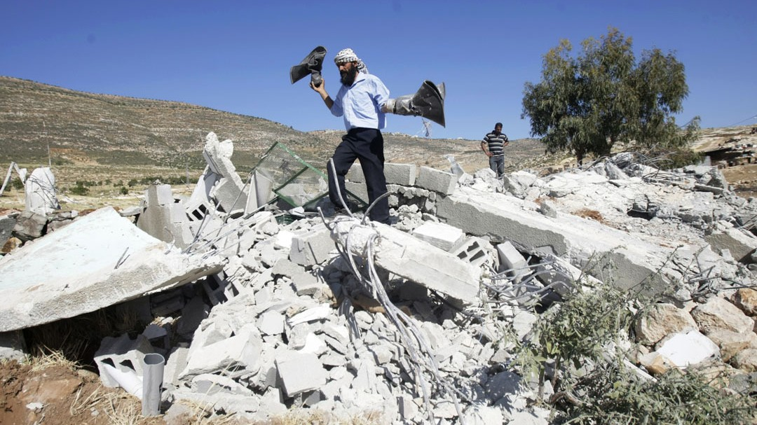 Israeli Forces Destroy West Bank Mosque as Peace Talks Deadline Passes