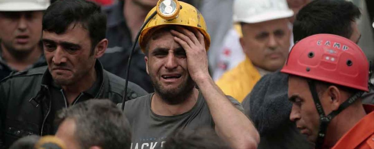 'Our Hopes Are Fading': Hundreds Dead or Missing in Turkish Mining Disaster