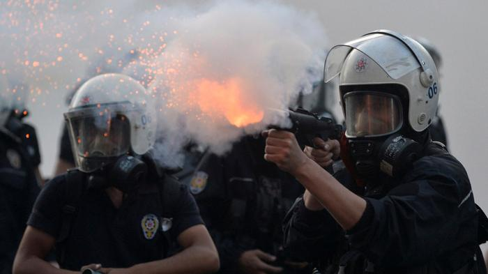 Violent Clashes Erupt During Anniversary of Anti-Govt. Protests in Turkey