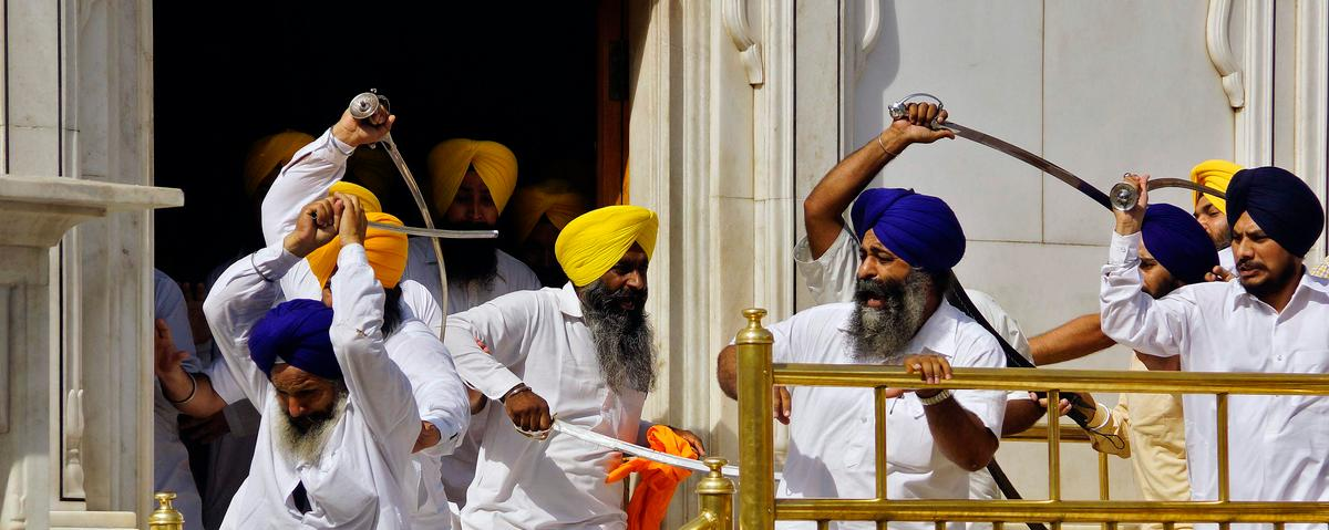 Sword Fight Erupts at Sikh Temple in India