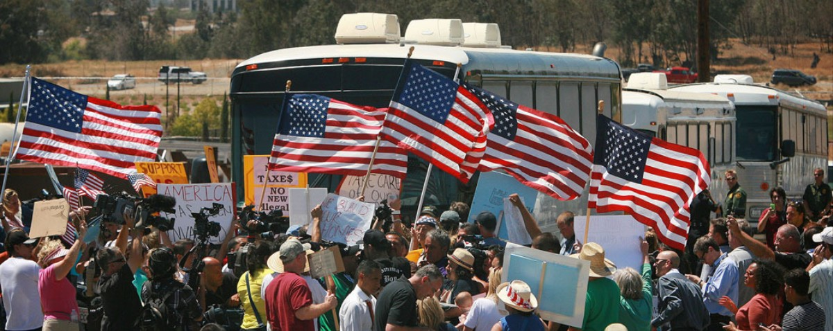US Government Tries Deporting Migrants from Texas to California, but Fails
