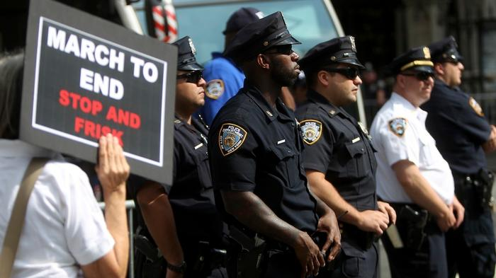 NYPD's 'Broken Windows' Policing Is the Same Old Stop-and-Frisk