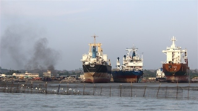 Visiting the Deadly Ship-Breaking Yards of Bangladesh