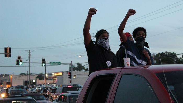 Raw Footage From the Ground in Ferguson