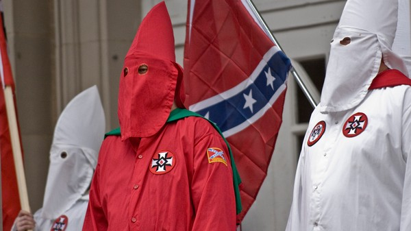kkk vice news a ku klux klan group claims it is around ferguson and fundraising for darren wilson
