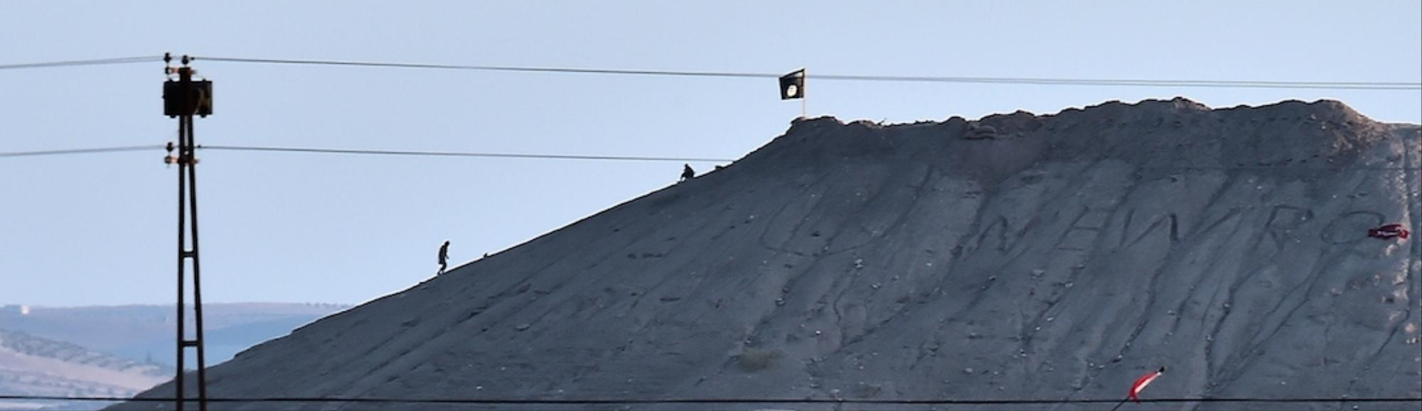 Black Flags Over Kobane as Islamic State Forces Move In