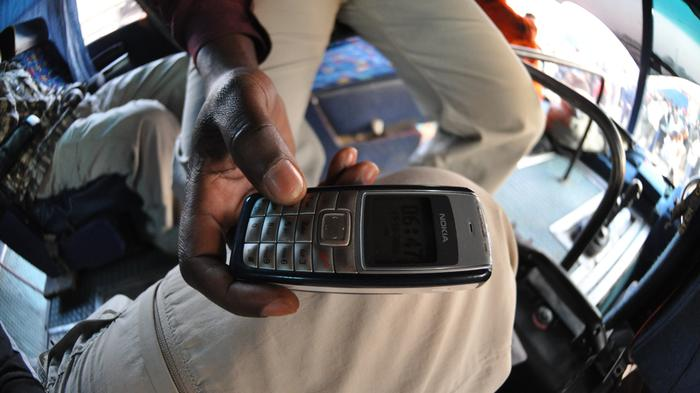 How Cell Phones Could Help Liberia Win the Fight Against Ebola