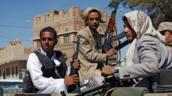 Dozens of Rebels Killed as Massive Blast Rips Through Houthi Gathering in Yemen