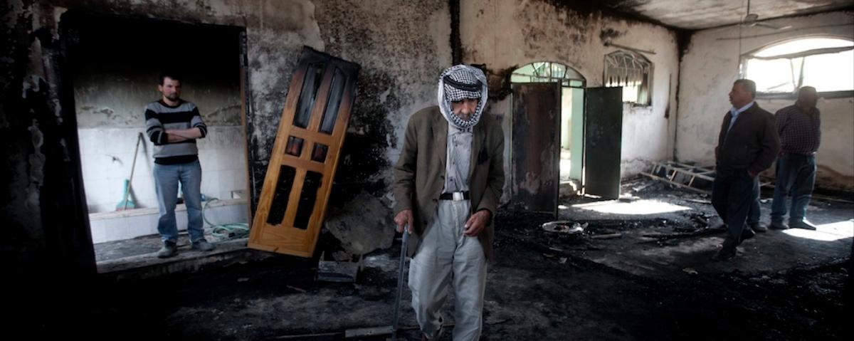 Palestinian Mosque Torched and Israeli Synagogue Damaged in Arson Attacks