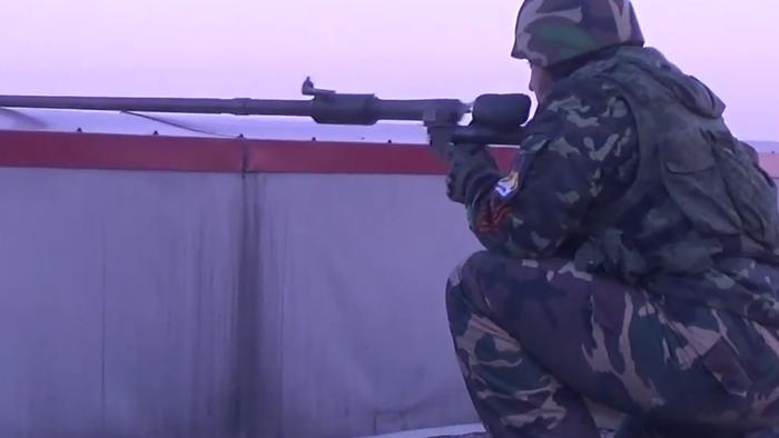 Video Emerges of Ukraine Military and Separatists Clashing at Donetsk Airport