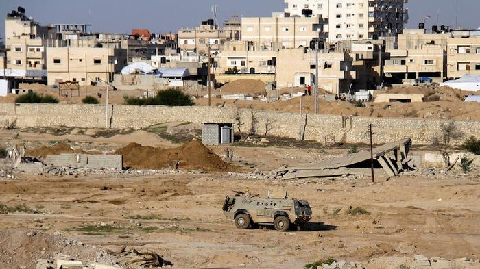 Egypt Will Demolish a Town in its Expanded Gaza Buffer Zone