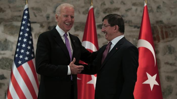 Joe Biden Visits Turkey in Attempt to Heal Rift on Fighting the Islamic State
