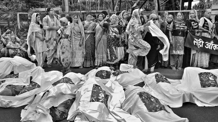 an analysis of the events contributing to the tragedy at bhopal india Talk:bhopal disaster/archive 1 this in india the even is commonly referred to as the bhopal gas tragedy when people talk about unio carbide and bhopal, they call.