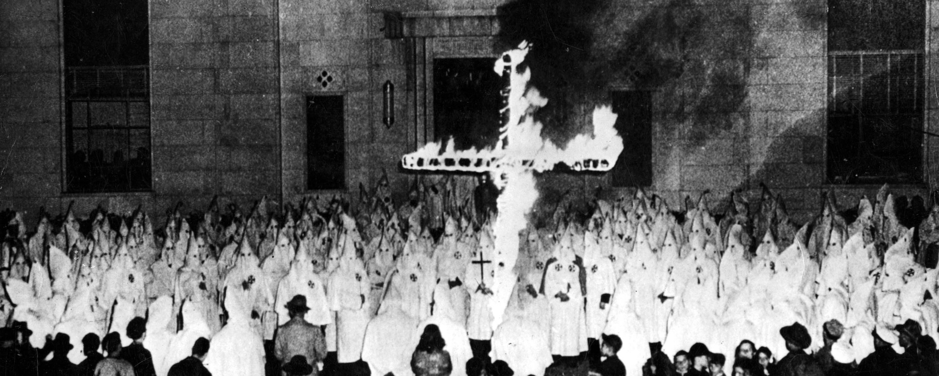 an introduction to the issue of the ku klux klan In today's excerpt – the alliance between the church and the ku klux klan that was crucial both to enacting prohibition and the maintaining it for thirteen years.
