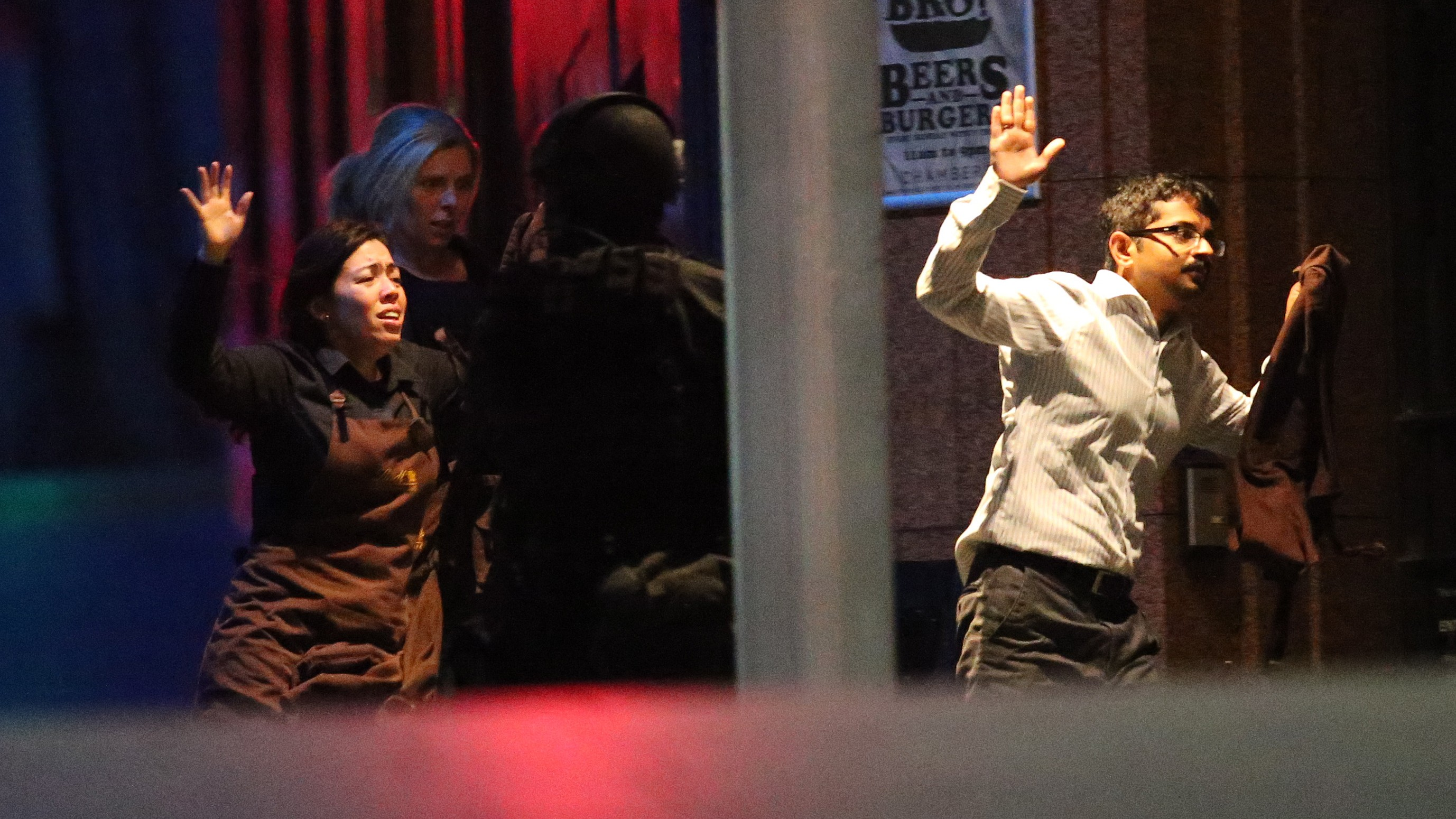 Sydney Siege Ends with Three Dead After Police Storm Café