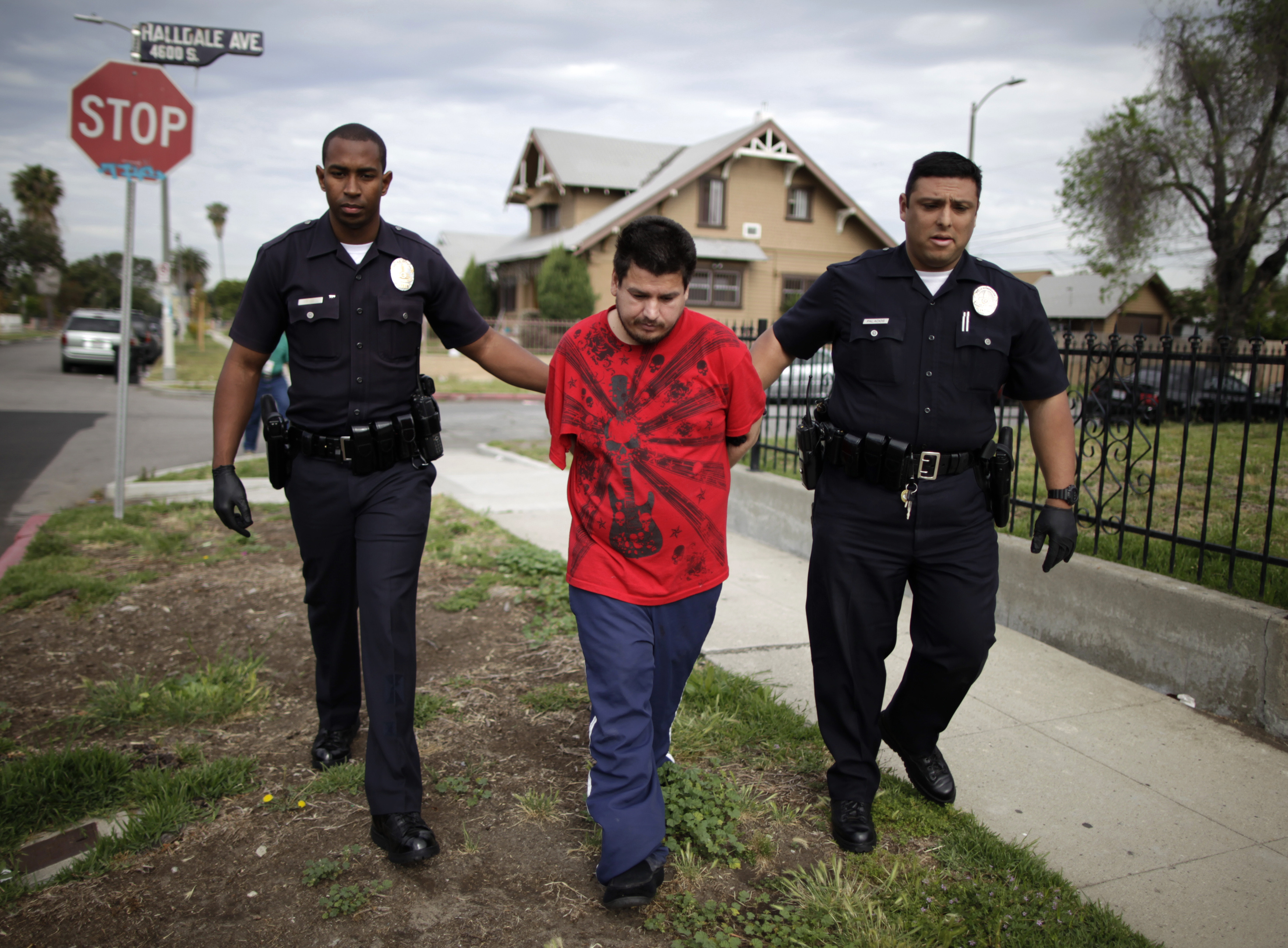 ethical deviance the lapd and los angeles The city of los angeles is 468 square miles the lapd was established in 1869 the lapd badge, motto, uniform and acronym are the intellectual property of the city of los angeles.