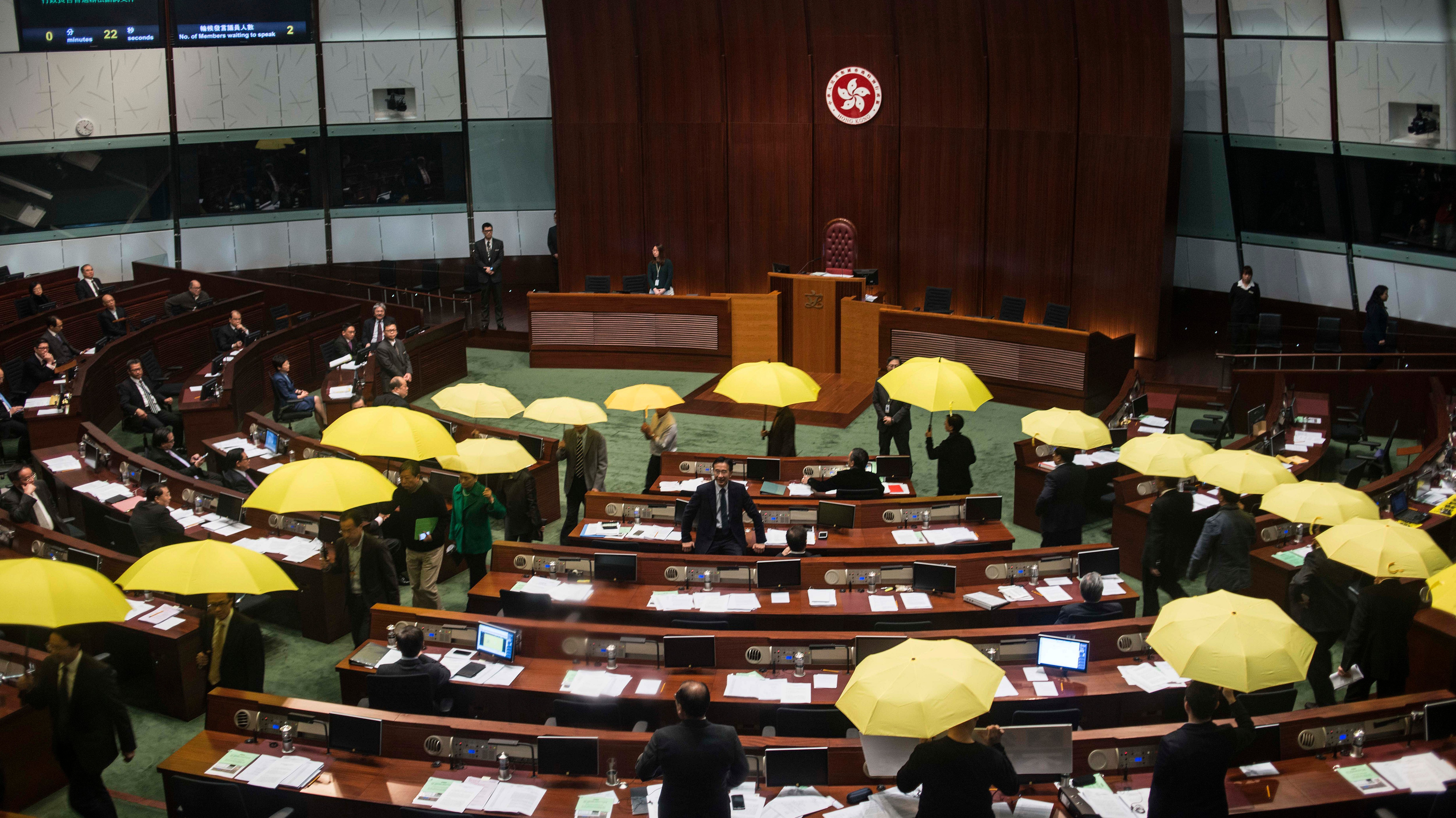 Video Shows Pro-Democracy Legislators Staging Yellow Umbrella Walkout in Hong Kong
