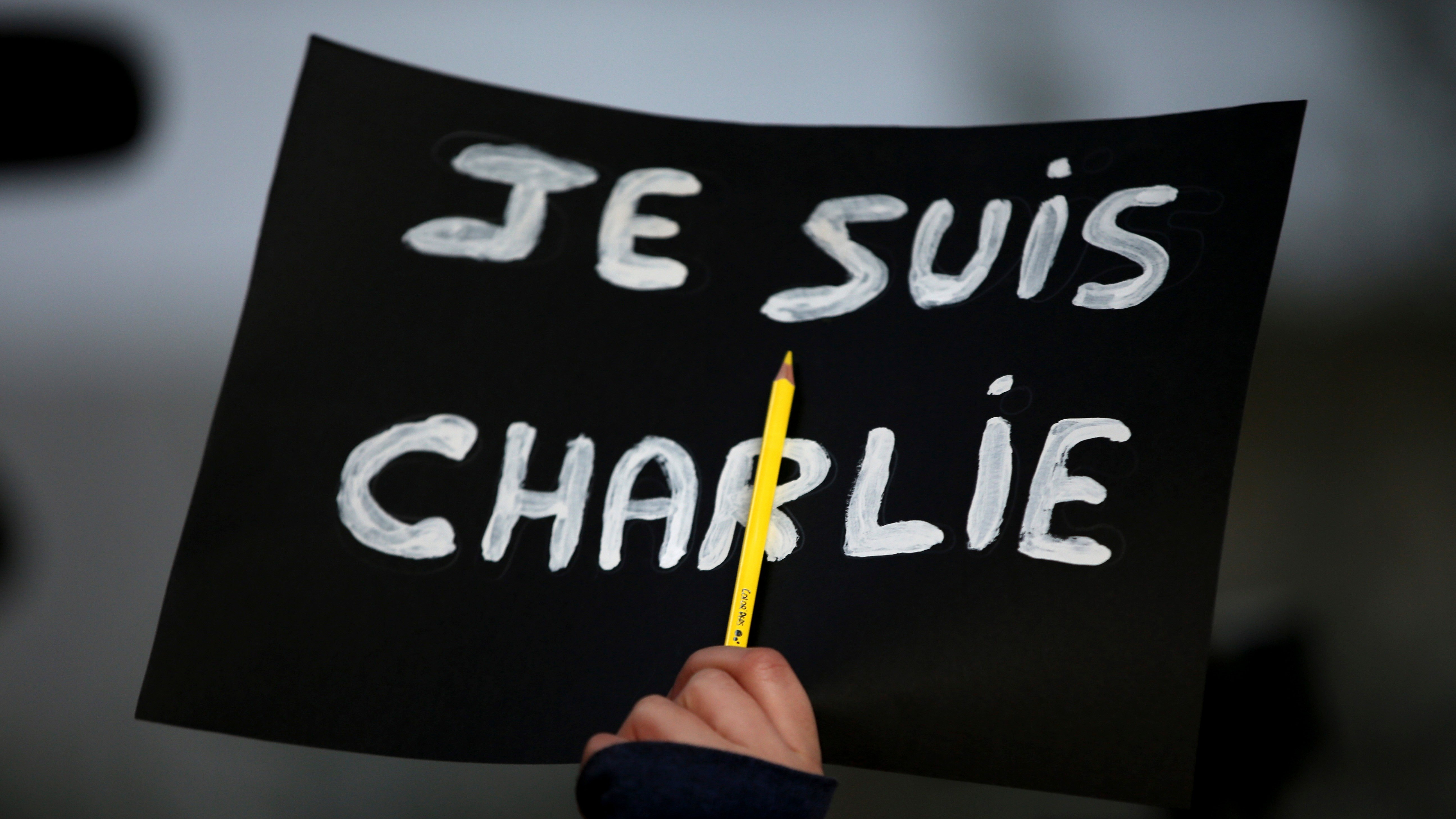 'Je Suis Charlie' and 'Je Ne Suis Pas Charlie' Are Both the Wrong Response to the Paris Massacre