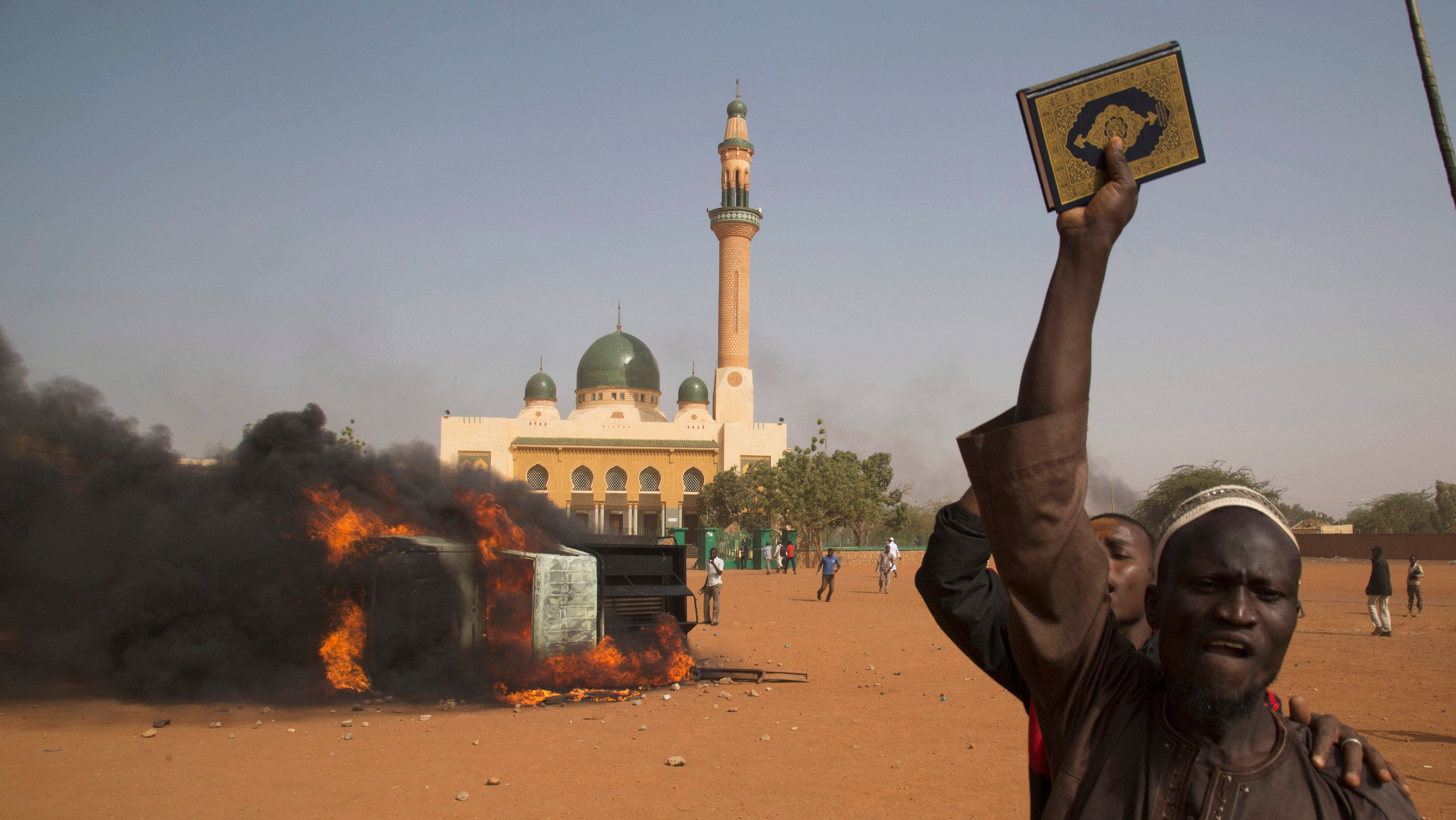 Churches Torched in Niger as Riots Over 'Charlie Hebdo' Cover Turn Deadly