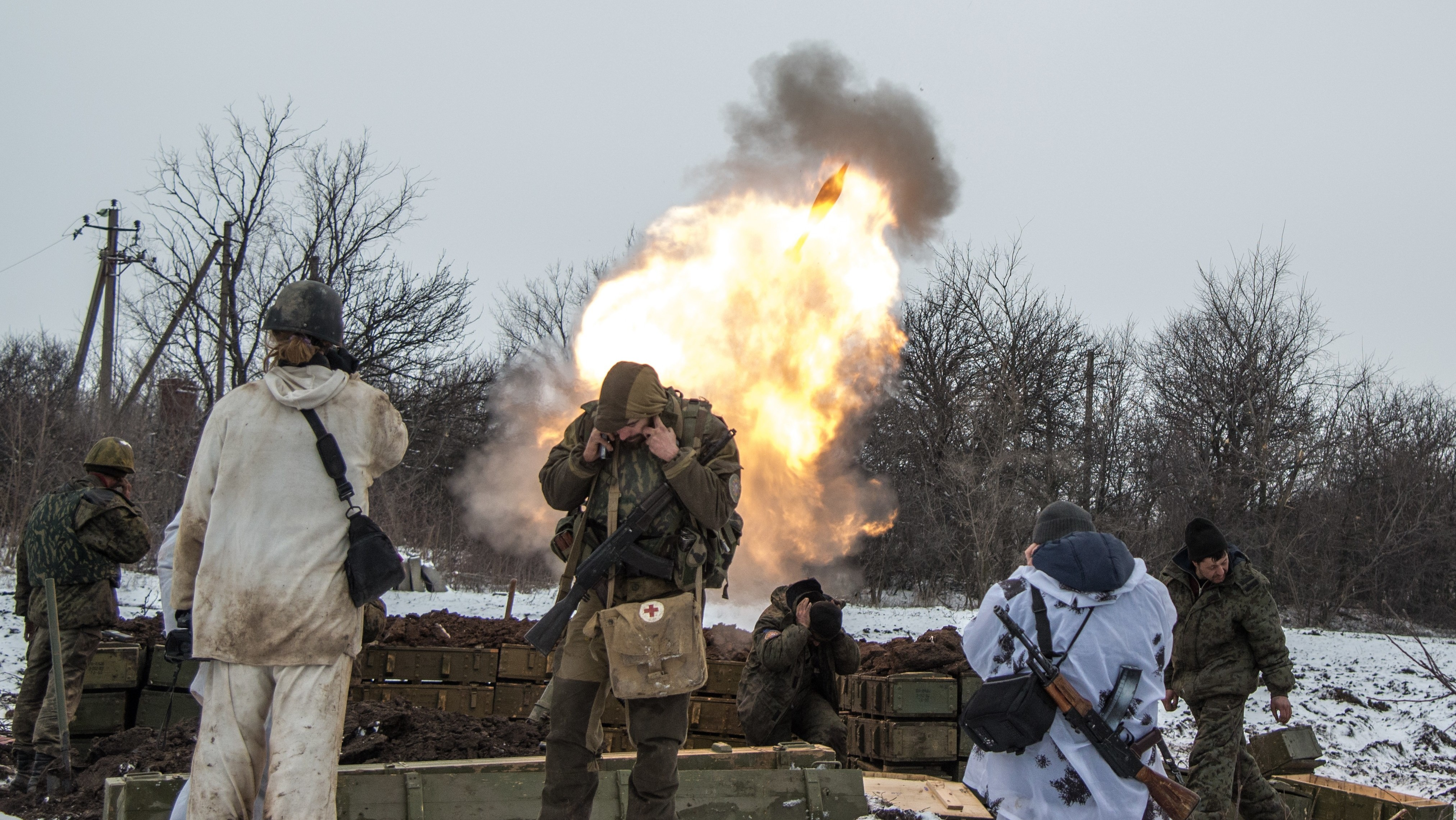 Ukraine Ceasefire Ignored as Fierce Battle for Debaltseve Continues to Rage