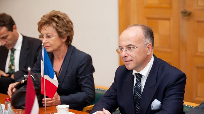 French Interior Minister Brings Counterterrorism Agenda To Silicon Valley