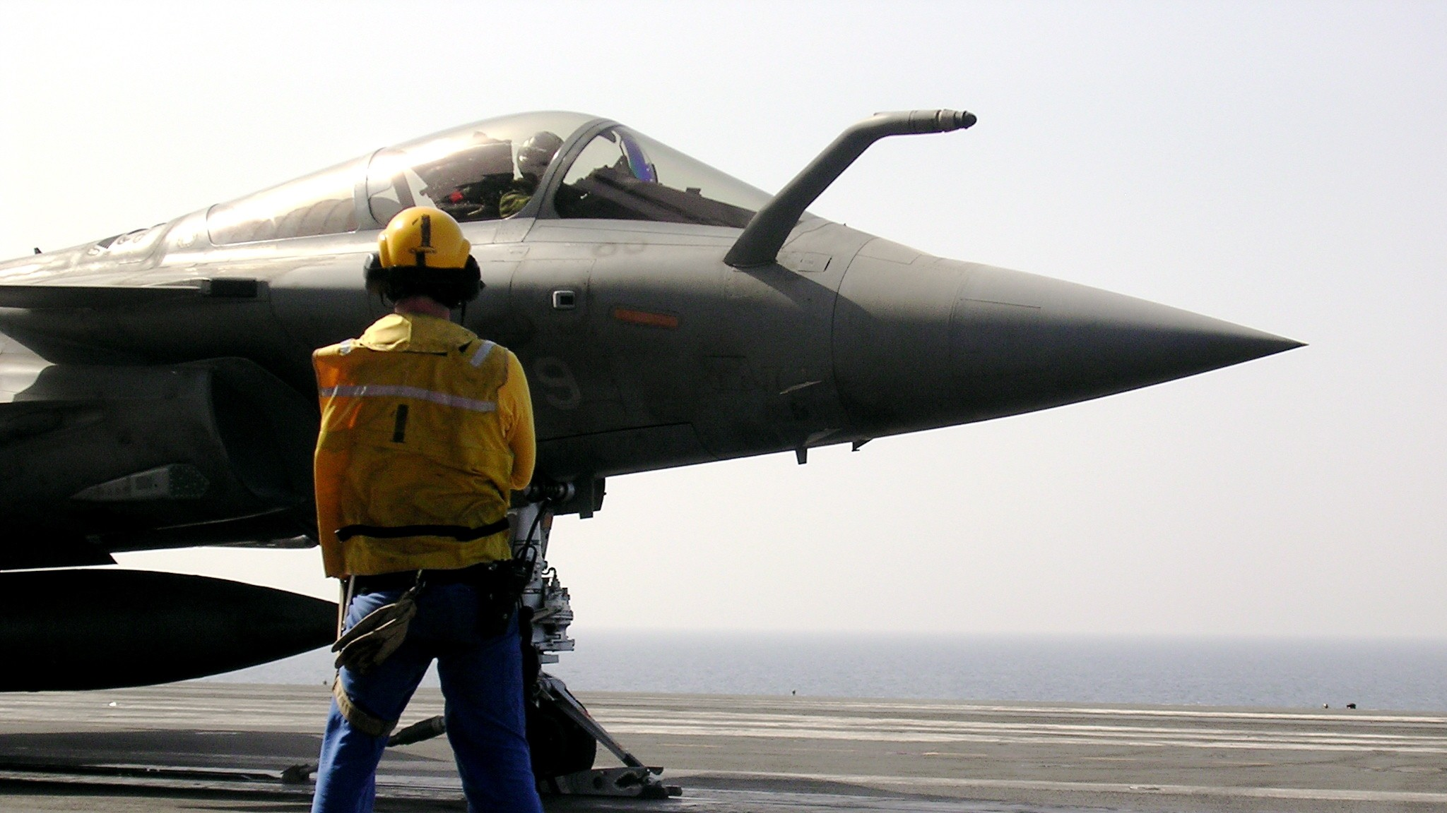 France's Largest Warship Has Officially Joined the Fight Against the Islamic State