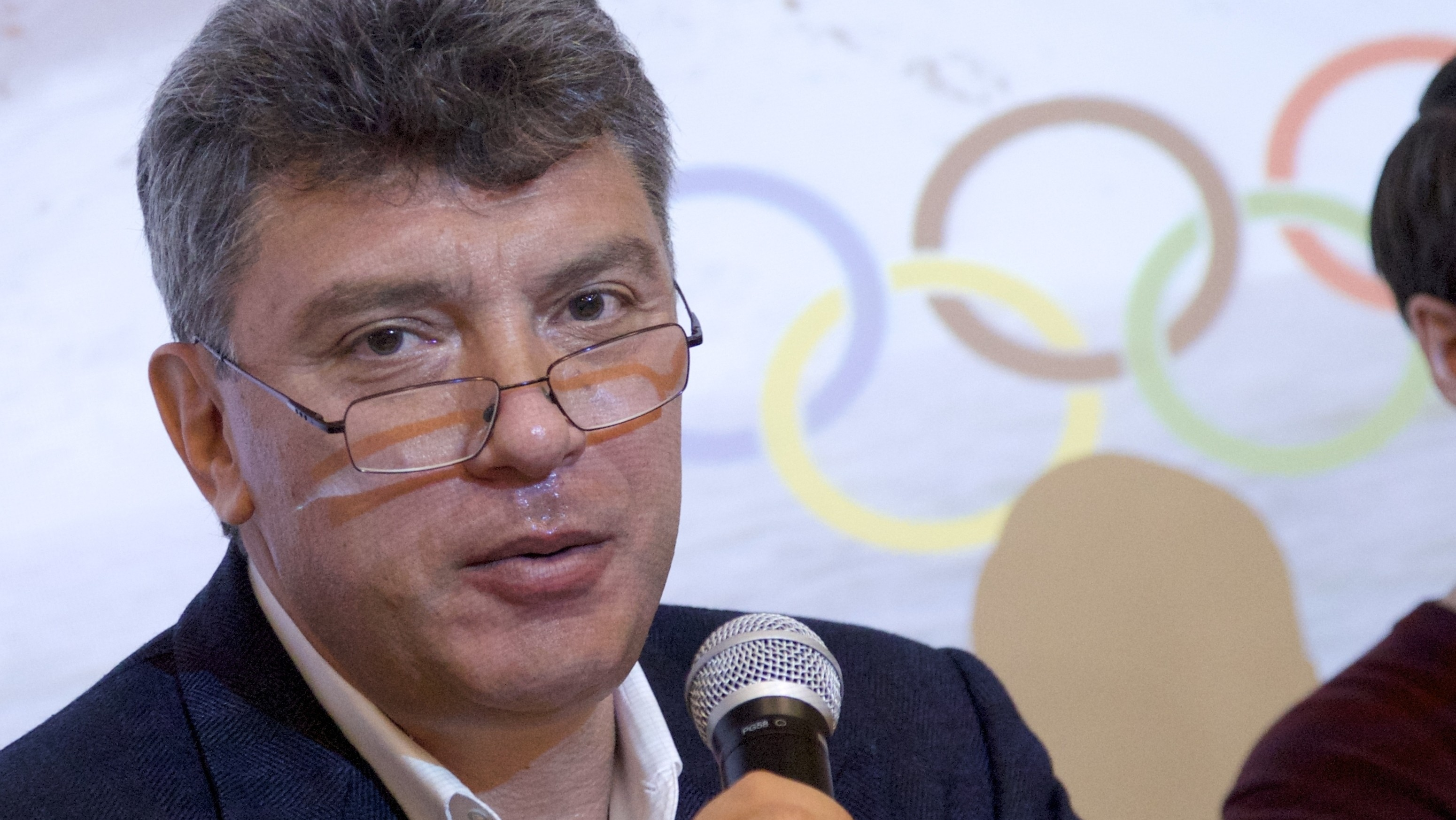 Prominent Putin Foe Boris Nemtsov Fatally Shot in Moscow