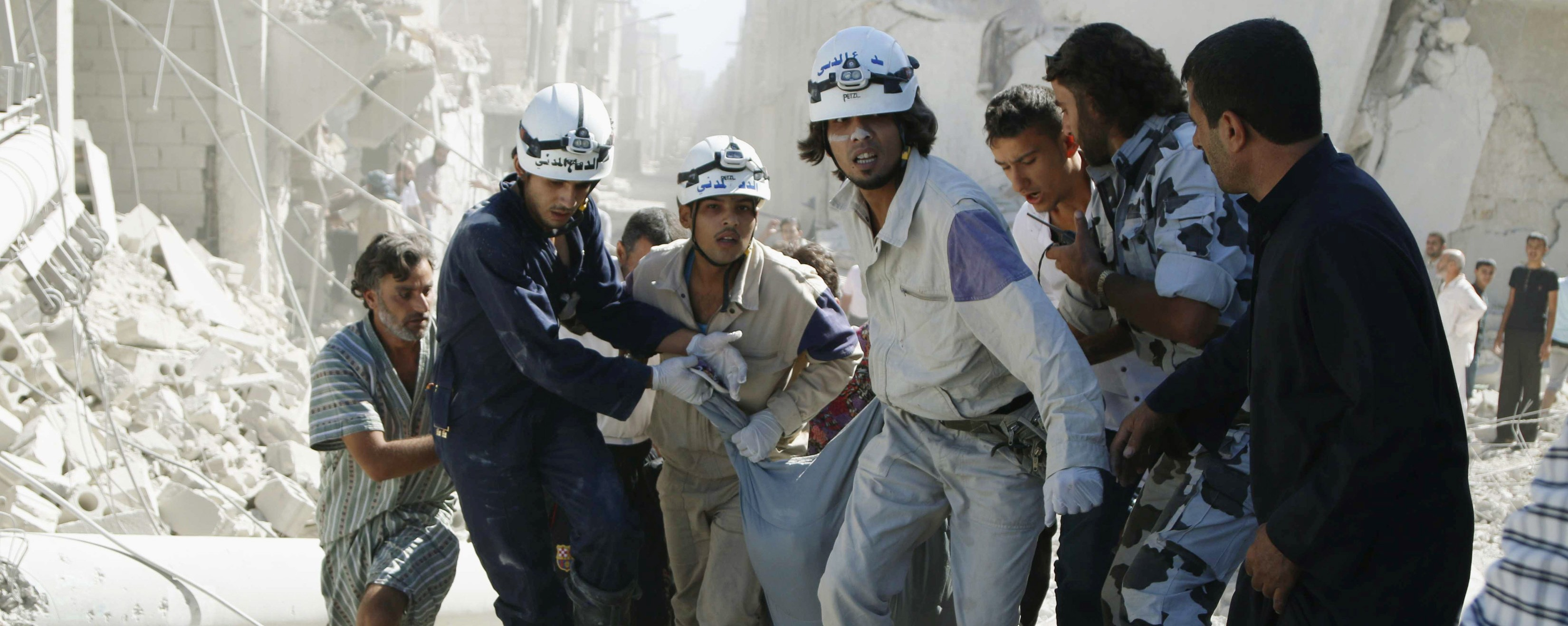 Activists Want the US to Warn Syrian First Responders About Incoming Barrel Bombs