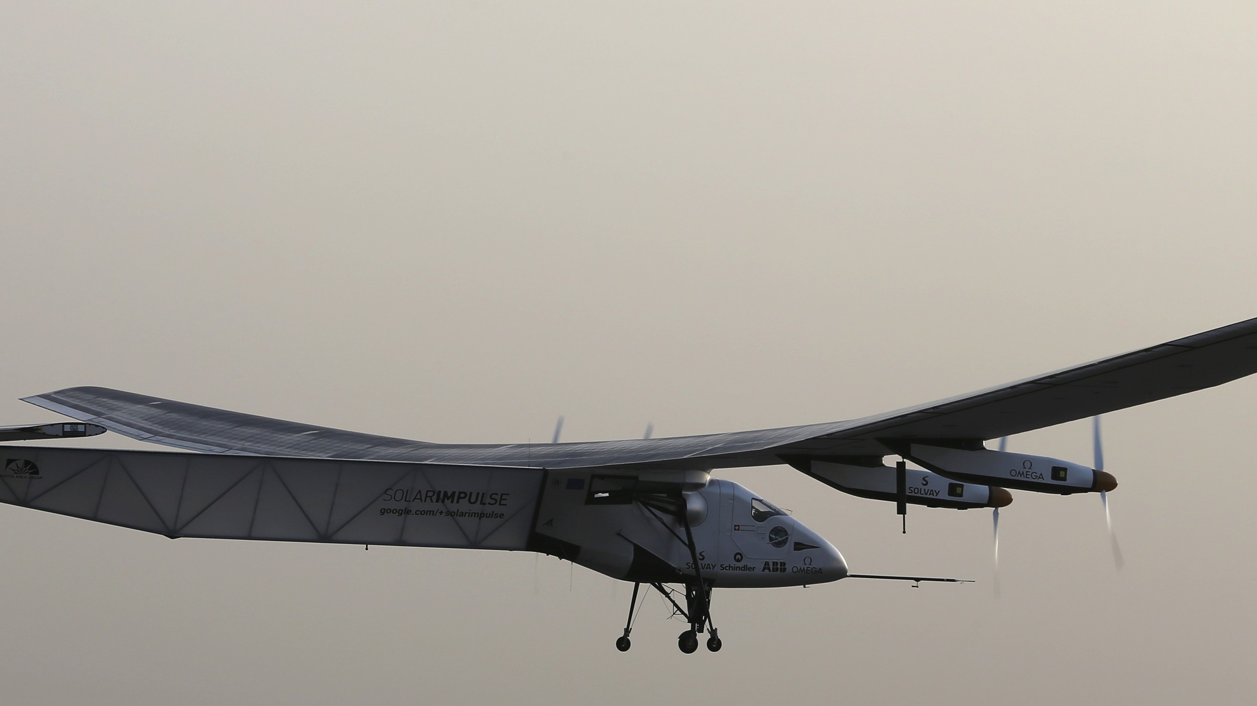 Solar-Powered Swiss Plane Launches Historic Trip Around the World