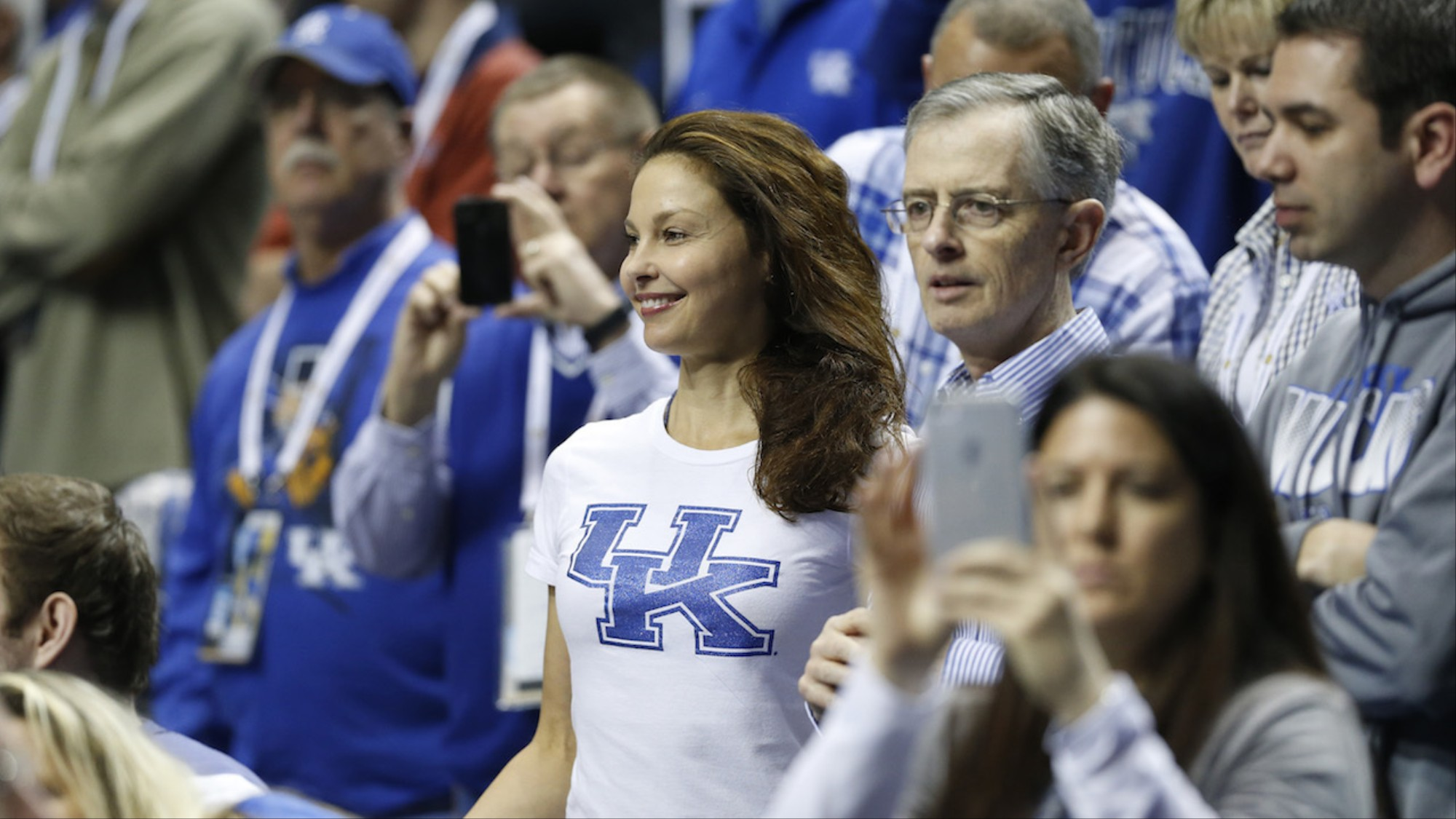 Ashley Judd Cunt ashley judd's fight back against twitter abuse shows 'grey
