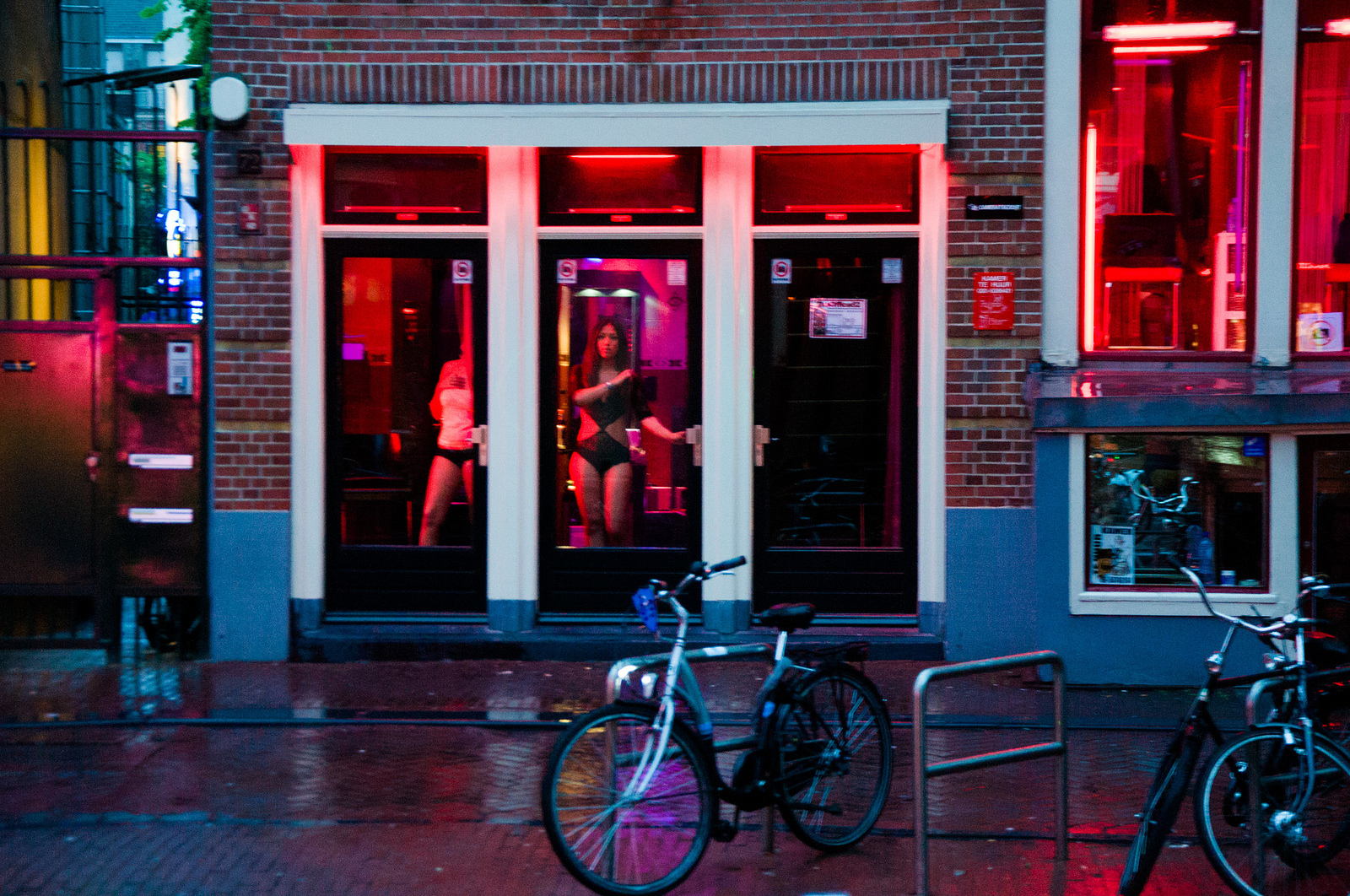 Red Light District Amsterdam fo]