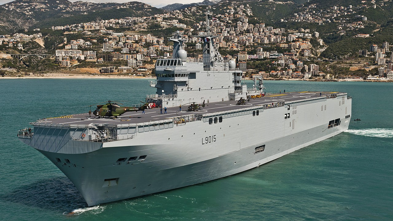 France Says It Will Pay Back Russia If the Mistral Warship Deal Falls Through
