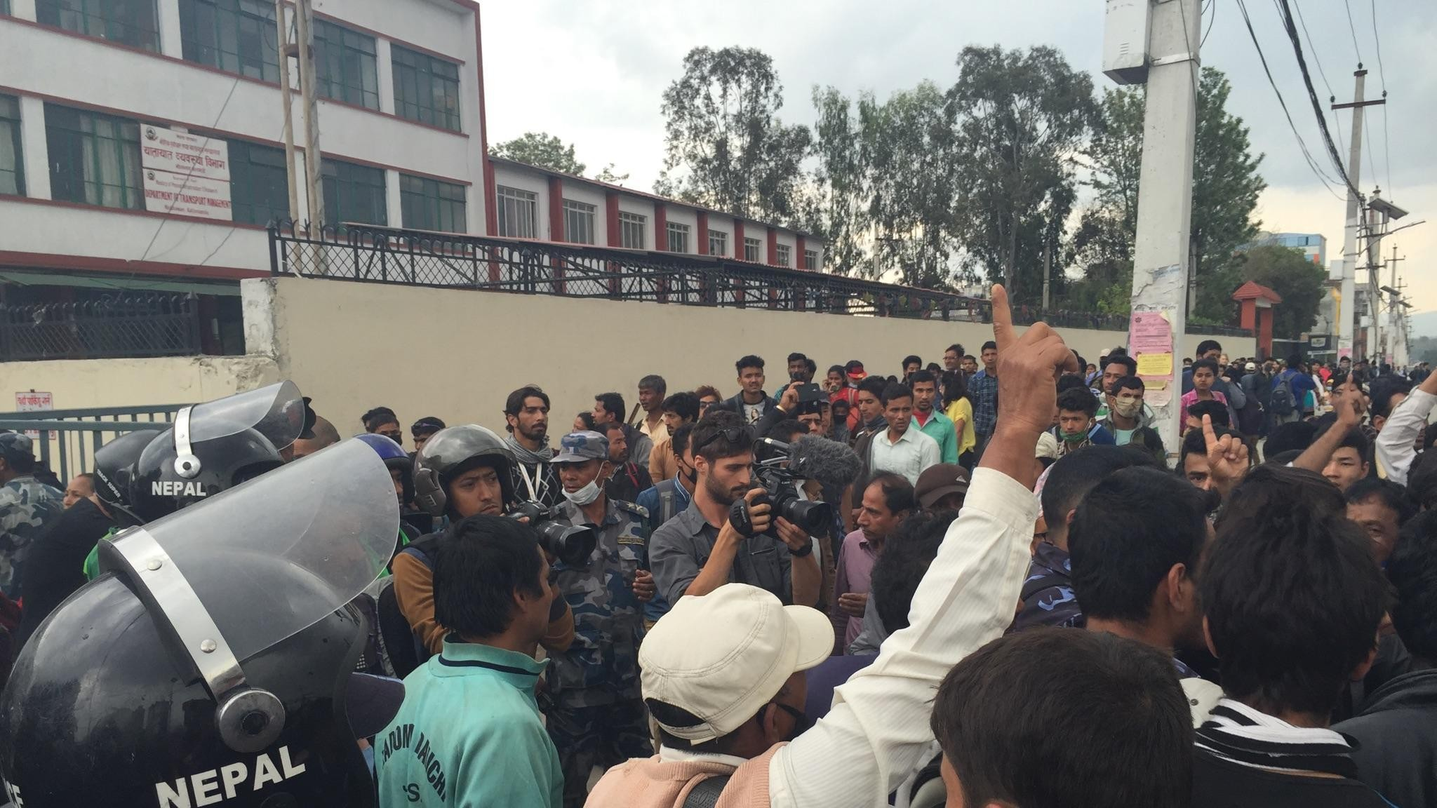 Footage Shows Nepalis Raging at Their Government Over Delay in Earthquake Relief