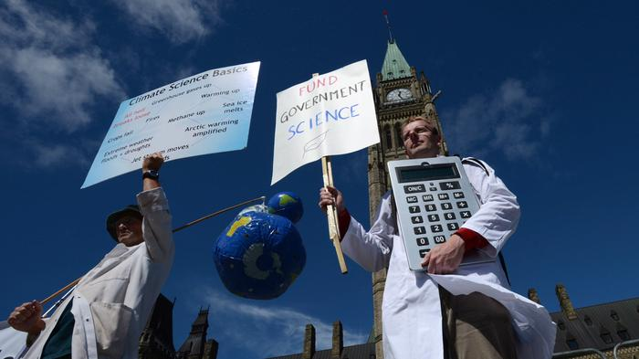 Canadian Scientists Say the Government is Muzzling Them and They Want it to Stop