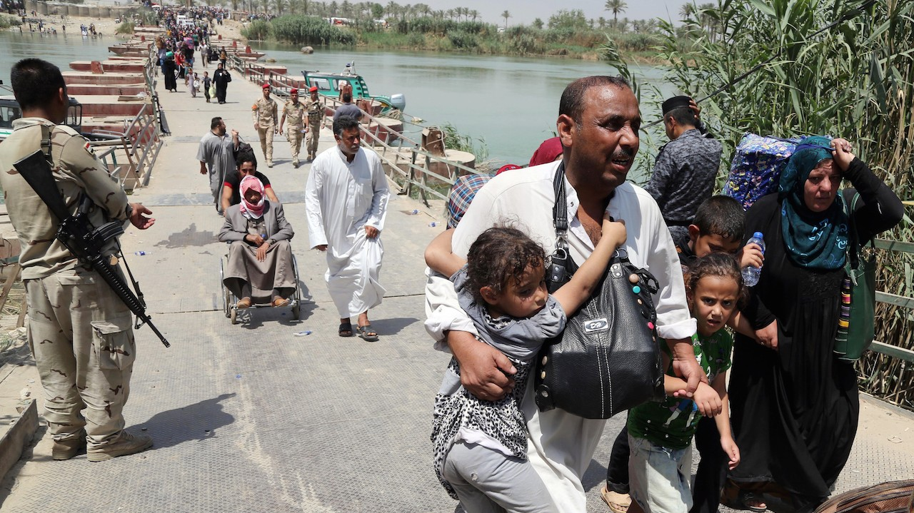 Iraq Has Shut Out Thousands Who Fled the Islamic State in Ramadi From Safety