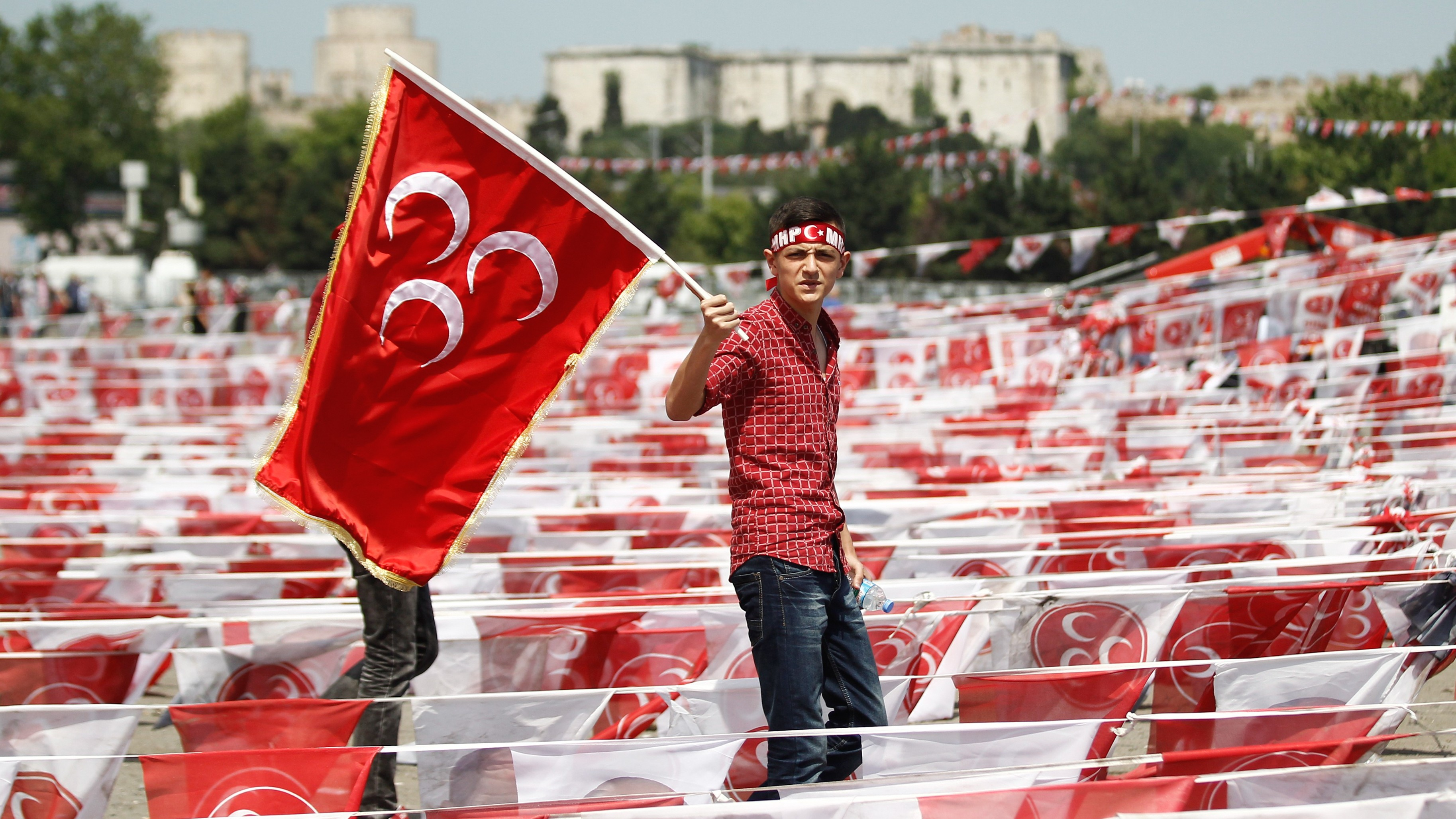 Volunteers Rush to Monitor Turkish Elections Amid Fears of Fraud