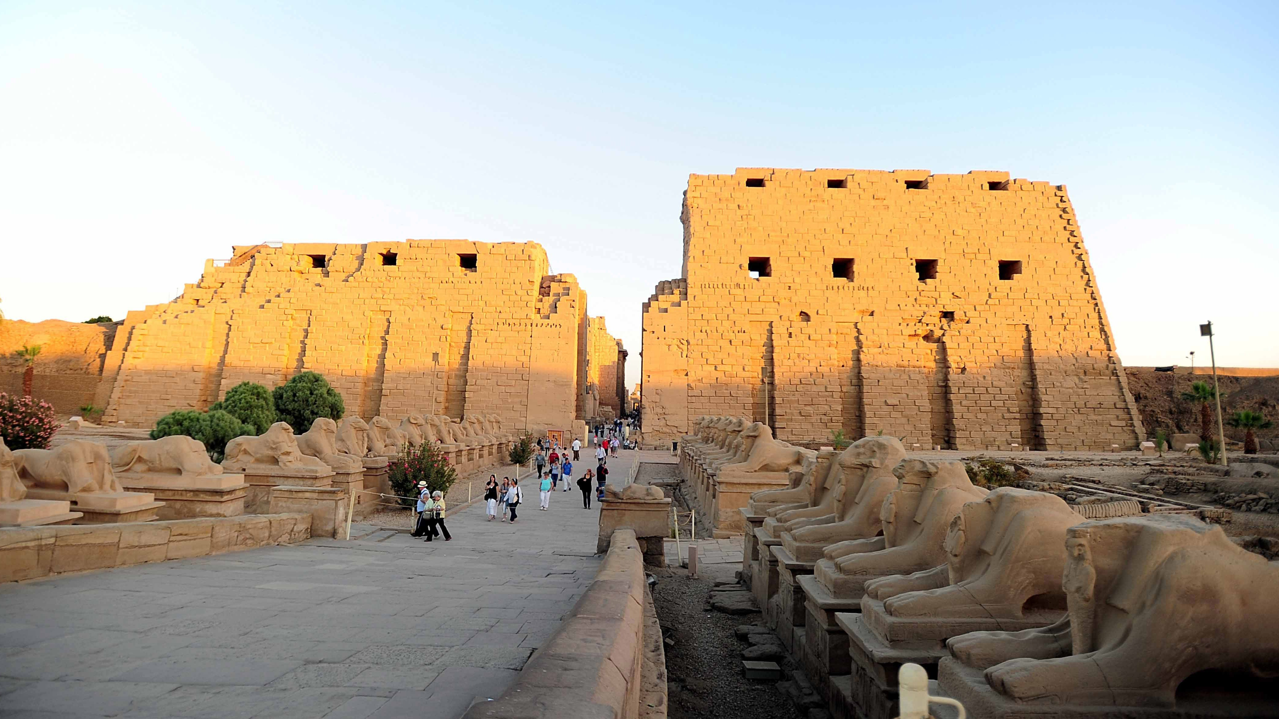 Suicide Bomber Strikes at Egypt's Ancient Karnak Temple
