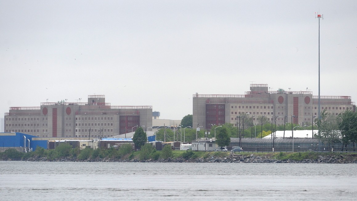 Rikers Guard Allegedly Joked About Getting Gang Tattoo After Kicking Inmate to Death