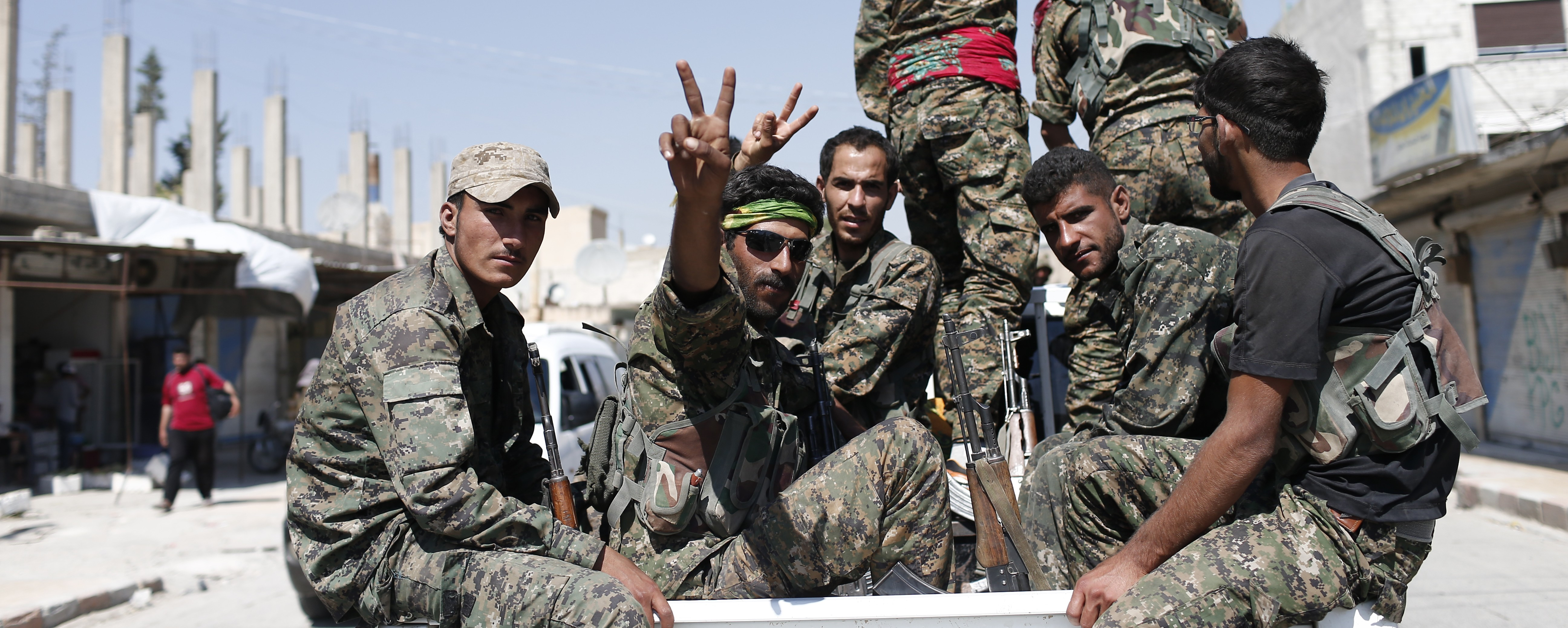 Syrian Kurds, Rebel Groups now Just 30 Miles From Raqqa