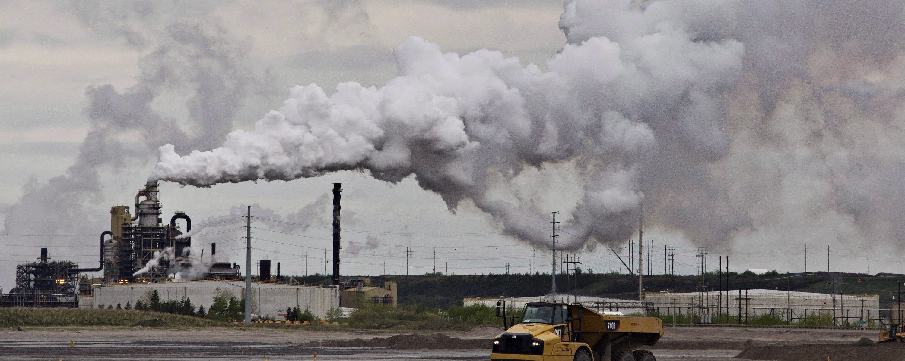 Alberta Set to Double Carbon Tax Rate in Canada's Oil Heartland