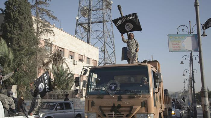 Islamic State Launches Dual Syria Offensives as Fighting Rages On