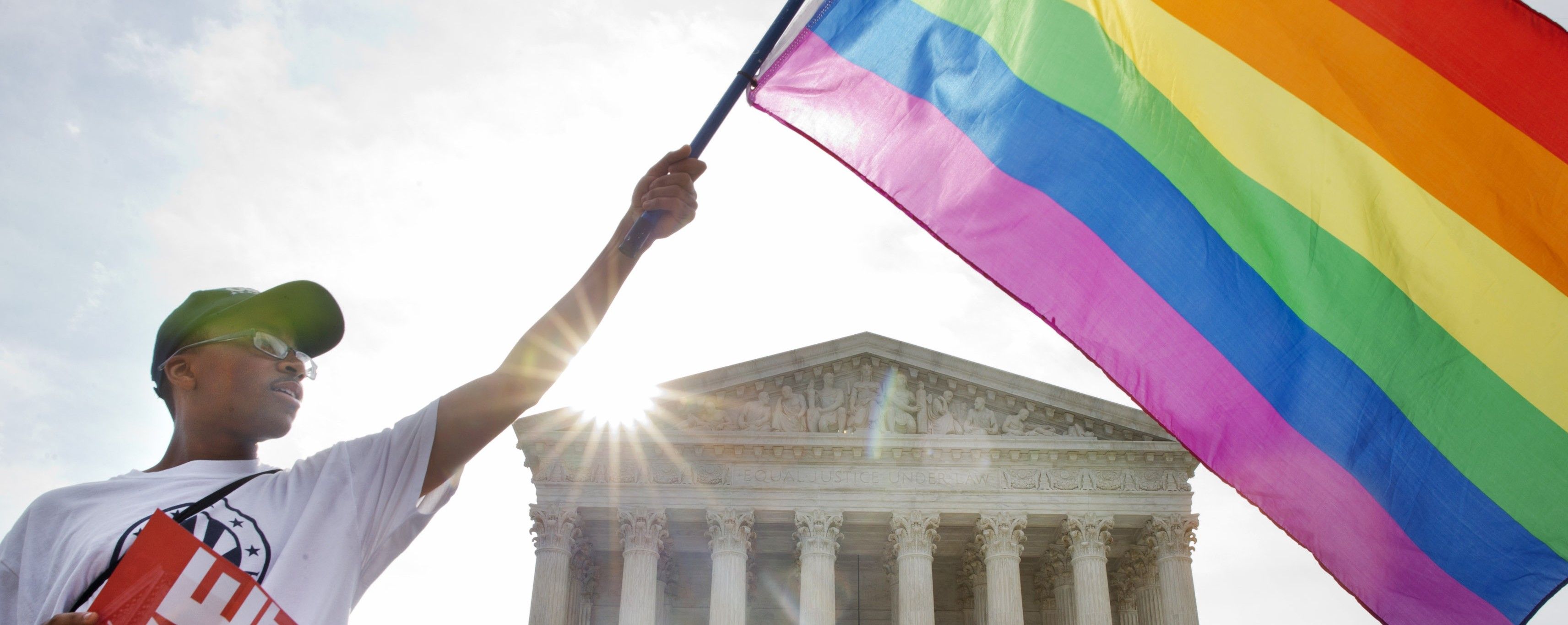 US Supreme Court Ruling Legalizes Same-Sex Marriage Nationwide