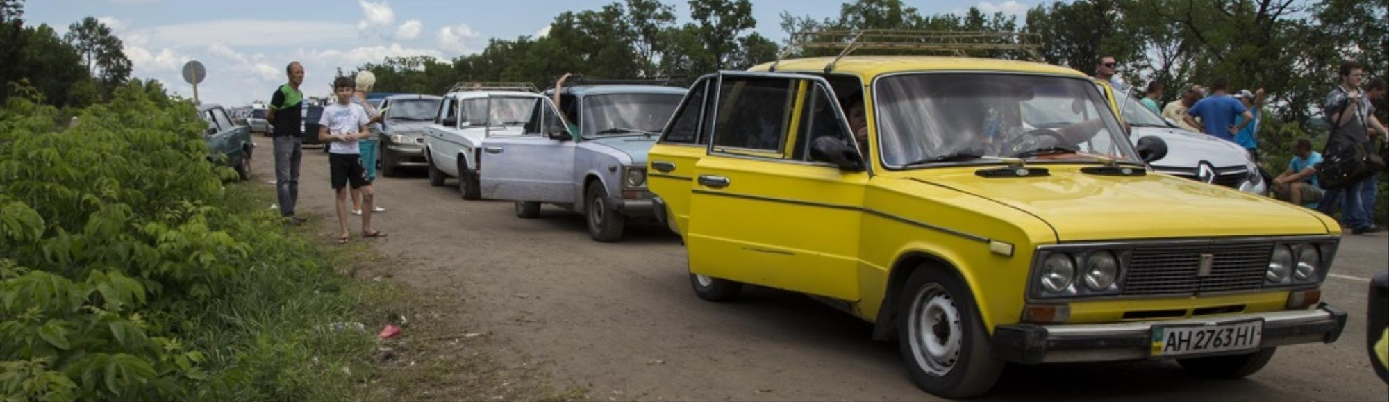 Checkpoints Block Civilians, Aid Traffic in Eastern Ukraine